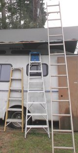 6' Industrial Step Ladder. Rated for Industrial and Electrical Work. in Conroe, Texas