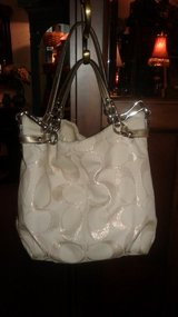 Nice tan coach purse in Fort Campbell, Kentucky