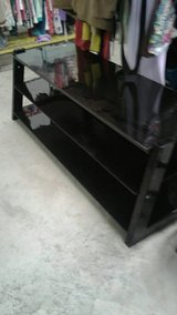 3 shelf glass stand in Fort Polk, Louisiana