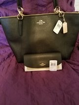 New Coach shoulder bag and wallet in San Ysidro, California