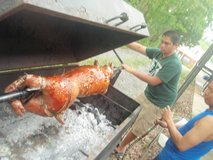 pig roaster/barbeque trailer in Clarksville, Tennessee