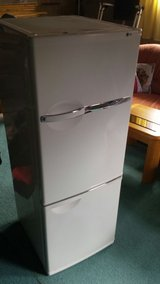 LG Fridge with freezer in Baumholder, GE
