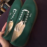 Vans forest green size 12 in Tampa, Florida
