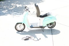 Razor Motorized Ride On Scooter (Pocket Rode Electric Scooter) in Belleville, Illinois
