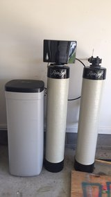 Rainsoft water filtration system in bookoo, US