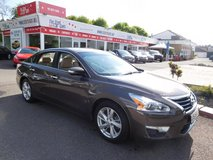 '14 Nissan Altima SL AUTOMATIC 17.4k miles !! in Spangdahlem, Germany