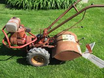 TROY BILT ROTO TILLER HORSE MODEL WITH HILLER / FURROWER in Elgin, Illinois