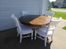 Farmhouse Style Table with 4 Chairs in Fort Campbell, Kentucky
