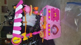 Lalaloopsy magic play kitchen in Fort Meade, Maryland