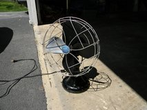 VINTAGE EMERSON ELECTRIC DESK FAN in Glendale Heights, Illinois