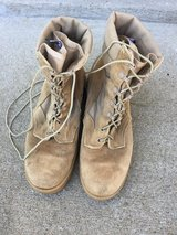 Army tan boots, size  9R in Fort Campbell, Kentucky