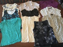 10 women's short sleeve & sleeveless shirts size S & M in Perry, Georgia