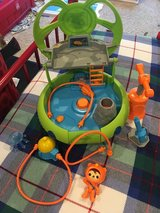 Fisher-Price Octonauts Launch and Explore Octo-Lab- LIKE NEW in Kingwood, Texas