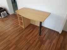 Desk for Sale, good condition in Los Angeles, California