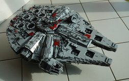 Star Wars Millennium Falcon Lego Clone 10179 + 800 extra Lego bricks, Stunning Model in Ramstein, Germany