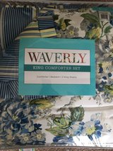 Waverly king size comforter and dust ruffle in Camp Lejeune, North Carolina