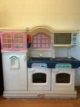 Little Tikes Victorian Kitchen in Bolling AFB, DC