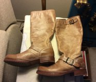 Women's Frye Distressed Look Boots, size 8 1/2 in Travis AFB, California