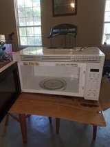 "GE cooktop stove  and 30"" microwave in Beaufort, South Carolina"