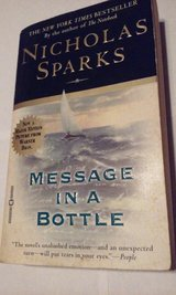 Message In A Bottle c1998 Nicholas Sparks in Naperville, Illinois