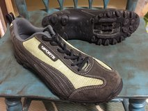 Cycling / Spin shoes - Womens Size 39 (euro) in Okinawa, Japan