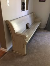 Antique church pew in Chicago, Illinois