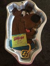 Scooby Doo Cake Pan in Aurora, Illinois