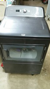 MAYTAG LIKE NEW ELECTRIC in Conroe, Texas