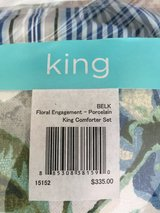 King size Waverly comforter & dust ruffle in Camp Lejeune, North Carolina