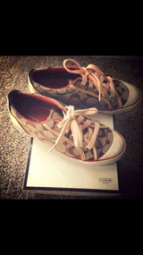 Coach Shoes 6 in Fort Carson, Colorado