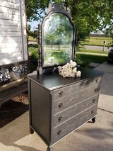 Beautiful Antique vanity dresser and matching tall chest in Bartlett, Illinois