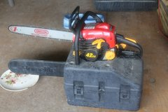 Homelite 18 in. 42cc Chain Saw With carring case, and operator's manual in Fort Polk, Louisiana