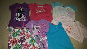 Girls size 6 tops in Hemet, California