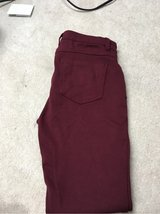 Forever 21 Jegging Size L in St. Charles, Illinois