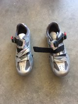 women's clip in bicycle shoes. in Las Cruces, New Mexico