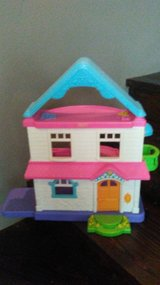 Fisher Price dollhouse in Kingwood, Texas