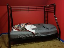 Bunk bed Twin over Full in Kankakee, Illinois