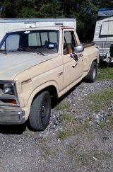 1982 f100 302 auto flareside driveable project in Baytown, Texas