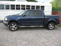 Very Nice 2003 Ford F-150 4-door Lariat w/BAD ENGINE, Loaded in Fort Knox, Kentucky