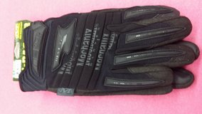 Mechanix gloves new in 29 Palms, California
