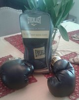 2-Pairs, New Condition! BOXING GLOVES in Fort Campbell, Kentucky