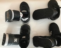4 pair of Toddler shoes in bookoo, US