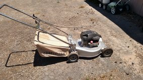 4.5hp 20 inch Craftsman mower with bag in Alamogordo, New Mexico