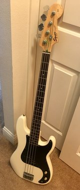 Squier P Bass in Oceanside, California
