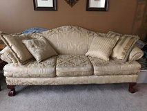 Beautiful sofa / couch in Naperville, Illinois