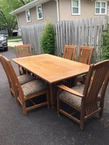 Ethan Allen Dining Room Table and Chairs in Algonquin, Illinois