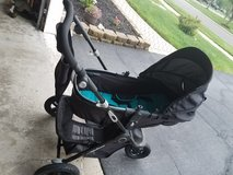 baby trend jogging stroller in Lockport, Illinois