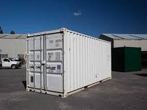 WANTED SHIPPING CONTAINERS 20 FOOT in Alamogordo, New Mexico
