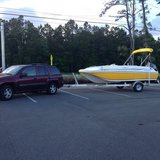 2015 Hurricane Sundeck Sport 188 (Like New) in Camp Lejeune, North Carolina