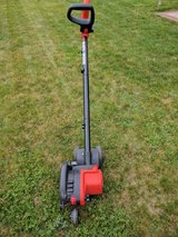 Black & Decker LE750 Edge Hog 2-1/4 HP Electric Landscape Edger and Trencher in Ramstein, Germany